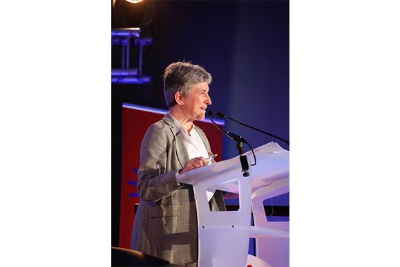 Anne-Marie Brocas, présidente du Haut conseil pour l'avenir de l'assurance maladie présente les enjeux de l'accès direct
